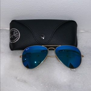 Blue Mirrored Ray Ban Aviator Sunglasses